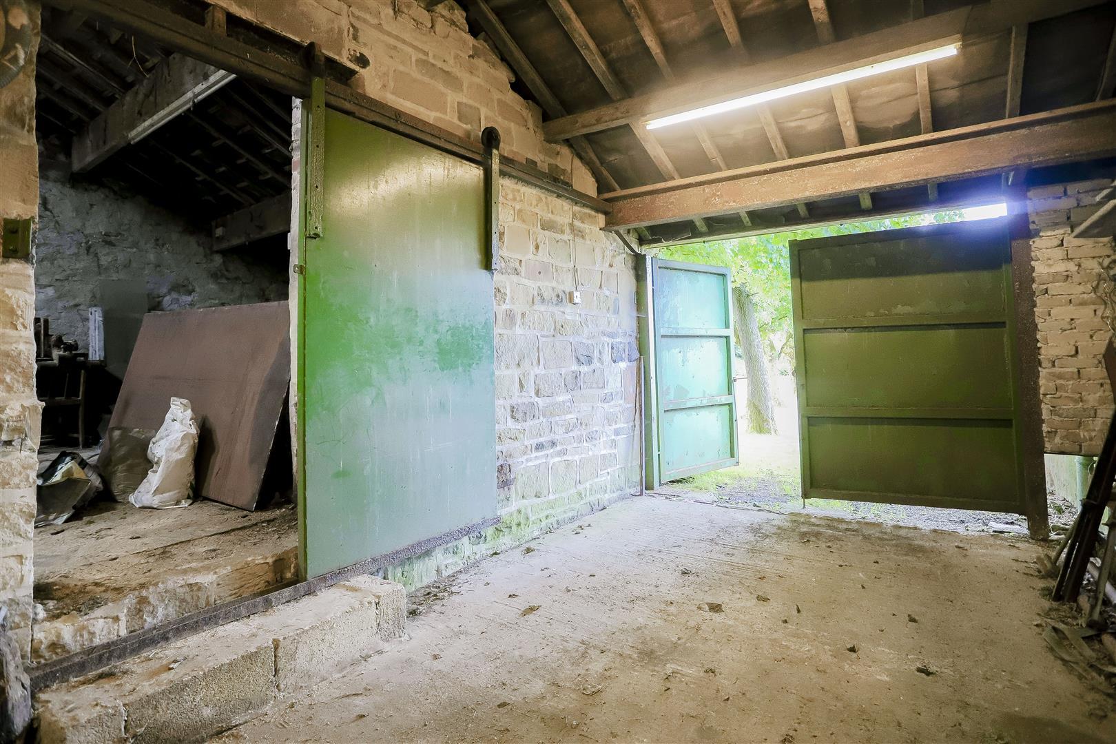 2 Bedroom Barn Conversion For Sale - IMG_2390.jpg